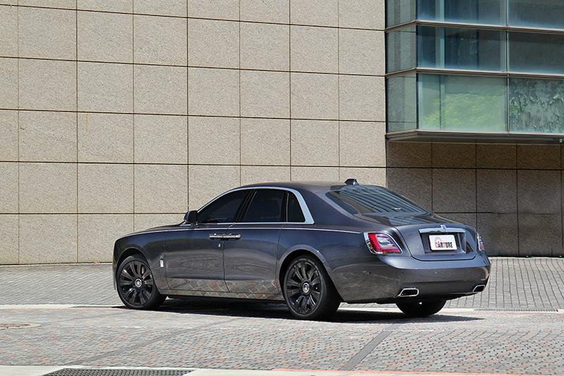 既然為新世代車型車尾當然也會換上新樣貌。