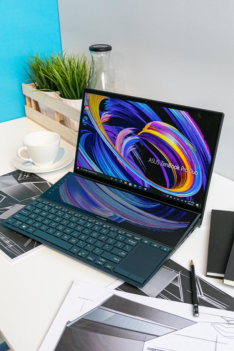 ASUS ZenBook Pro Duo 15 OLED藉由ScreenPad Plus第二螢幕搭載的ScreenXpert 2軟體,提供流暢的跨螢幕使用體驗(圖:品牌提供)