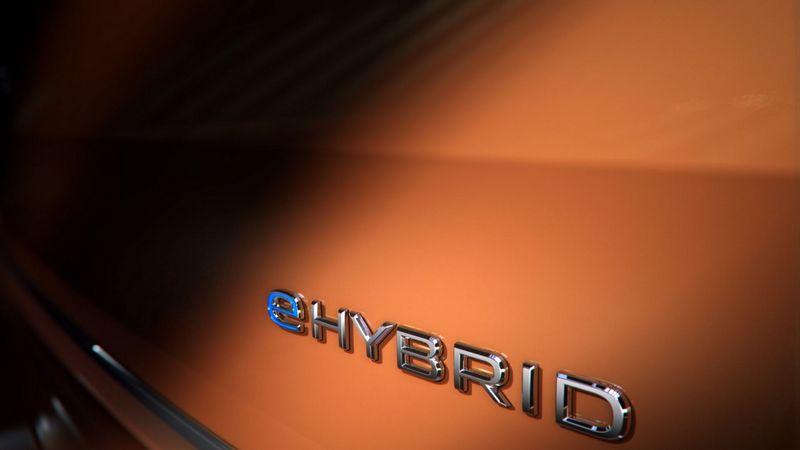 Volkswagen日前釋出T7 Multivan 資訊,確認會搭載eHybrid插電式油電系統。