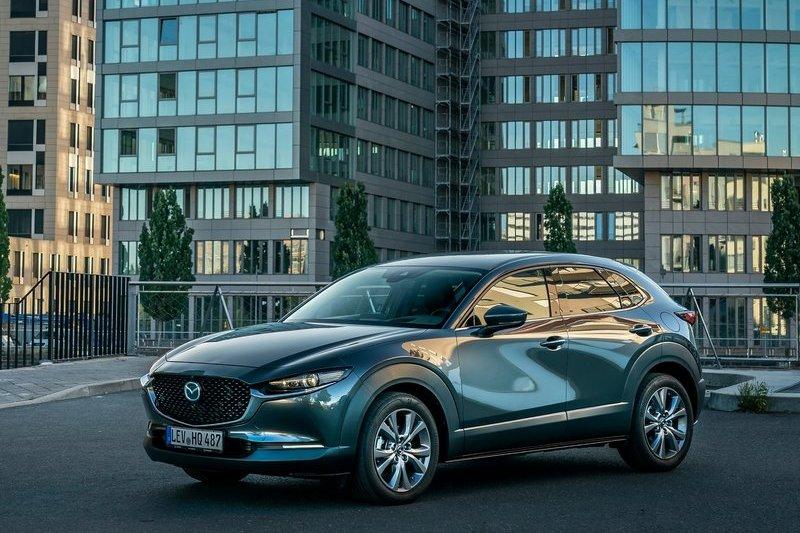 全新車型CX-50傳言11月現身,雖然還不清楚造型設計,但大概可以從CX-30略知一二。
