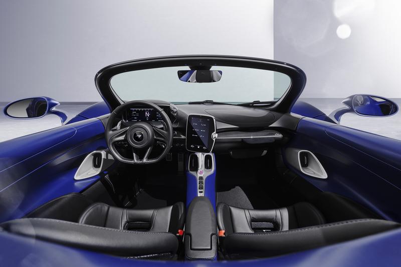 前擋版Elva車重增加20公斤少了AAMS系統,部分車主可能也比較習慣有前擋感受。