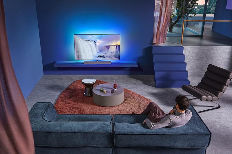 今夏在家追劇最安心,OLED935隨時把客廳變劇院,啟動極致聲「視」。(圖:品牌提供)