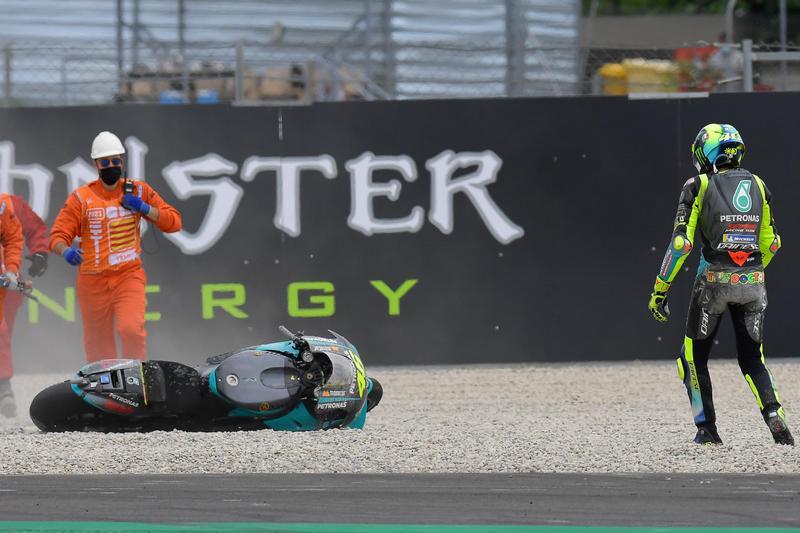 Rossi於賽事後段也發生轉倒。