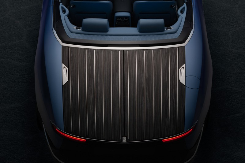 Rolls-Royce以Boat Tail元素與Bovet合作推出Boat Tail男女錶款。