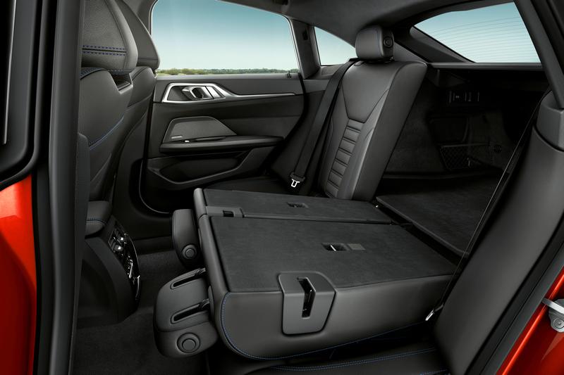 4 Series Gran Coupe後座提供三座配置,行李廂也有470~1,290公升更出色的表現。