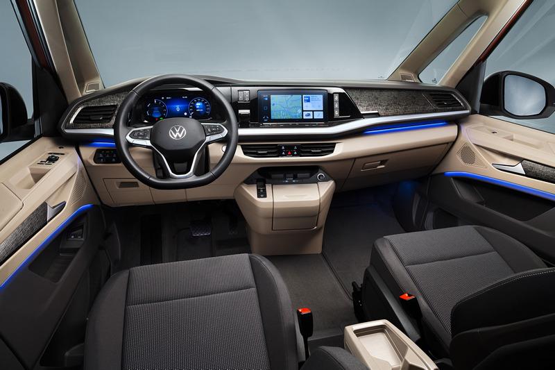 T7 Multivan改配置電子排檔及提供Travel Assist智慧車陣穿梭系統。