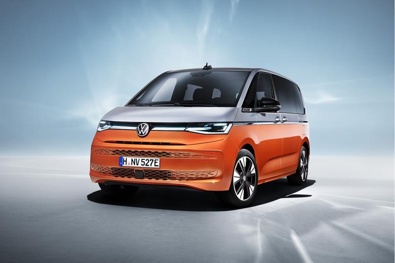 T7 Multivan另一特色就是搭載擁有218hp綜效馬力的eHybrid插電式油電系統。