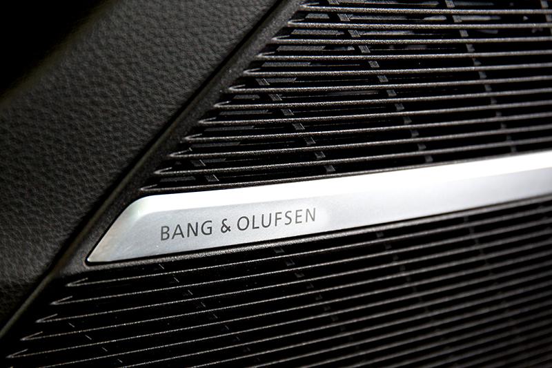 17支B&O揚聲器帶來的優美音質讓耳朵舒服。