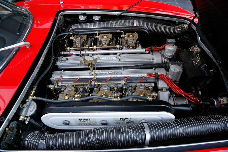 350 GT樹立了V12自然進氣引擎靈魂旗艦的標竿地位。