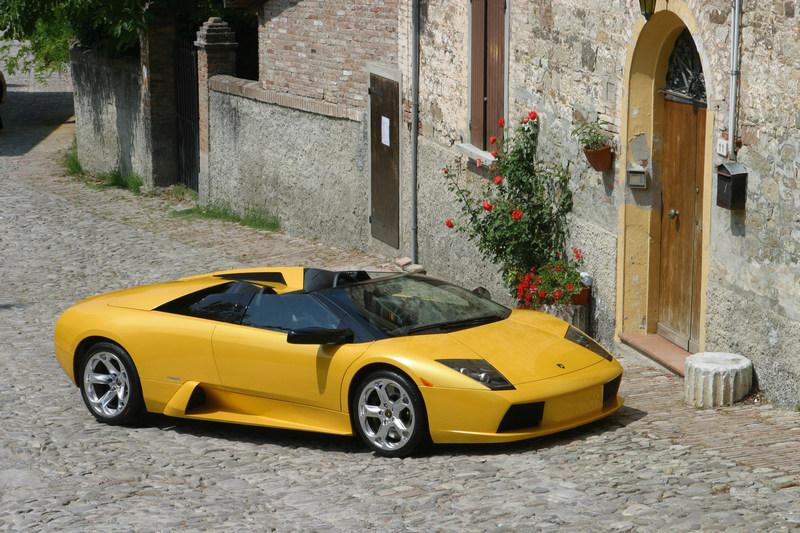 Lamborghini Murciélago為品牌21世紀全新旗艦車款。