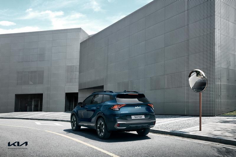 Sportage目前提供1.6升汽油渦輪與2.0升柴油,油電與插電式油電要之後才會推出。