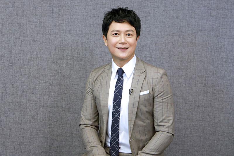 【車勢星聞】王燦加入《黃金歲月》演出飯店大少爺。(圖:民視提供)