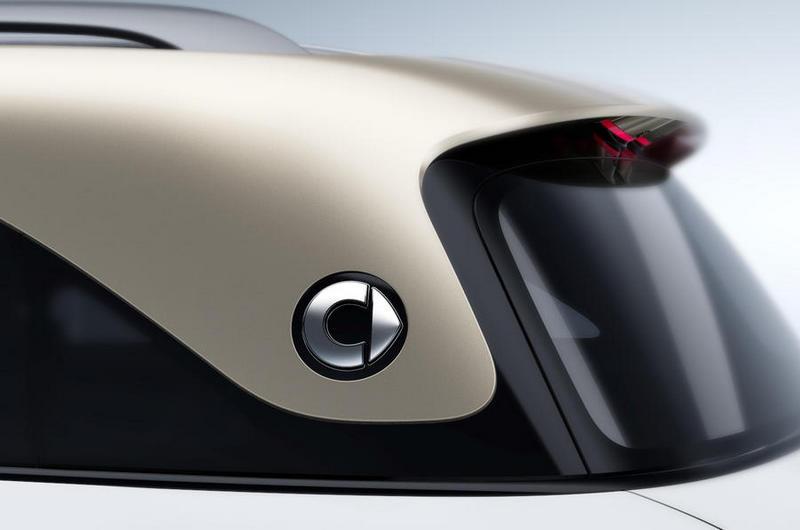 全新Smart將有著與Mini Countryman相近的尺碼,且從圖片可看出採用懸浮式車頂設計。
