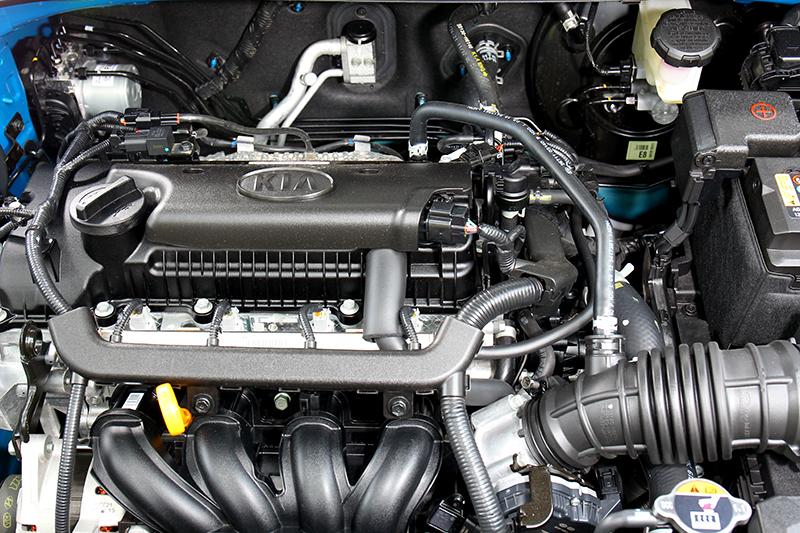 1.4升自然進氣動力輸出為100hp/13.6kgm,油耗14.7km/L。