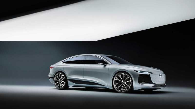 Audi向外媒表示A6 e-tron Concept概念車將於2022年量產化。