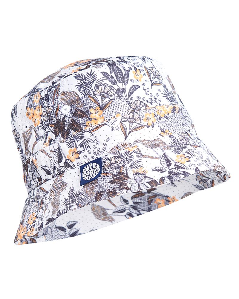 Superdry漁夫帽BUCKET HAT 白 $1,180。(圖:品牌提供)