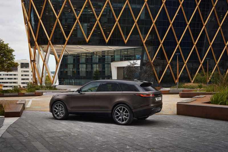 2022年式Range Rover Velar提供14種SV Bespoke專屬車色。