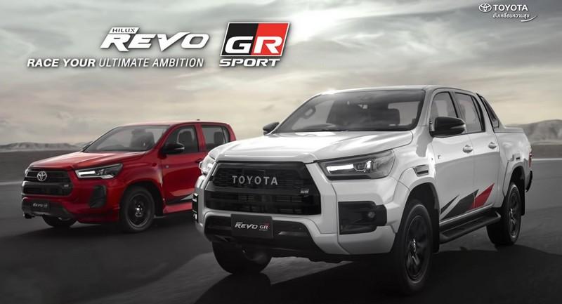 Hilux Revo GR Sport有提供高底盤與低底盤兩種車型,車頭最明顯差異就是高底盤車型水箱護罩配Toyota字樣銘牌。