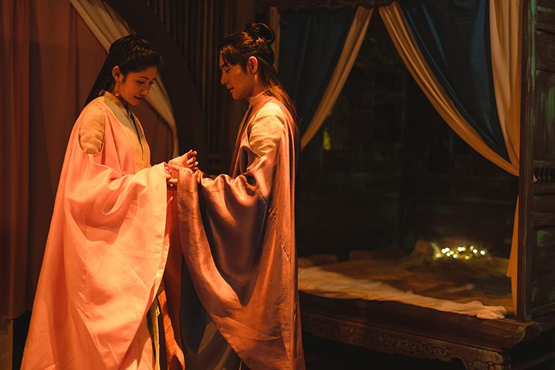 【車勢星聞】李千那(左)與施易男在《孟婆客棧》全是梁山伯與祝英台。(圖:公視台語台提供)