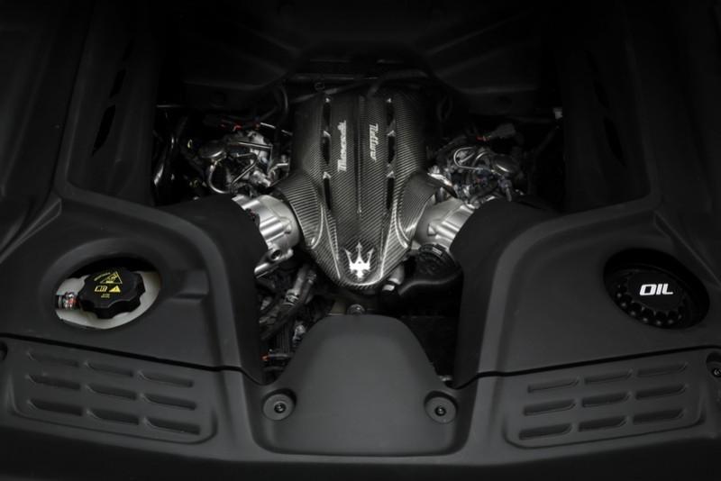 目前尚不知Grecale Trofeo動力會是3.8升V8還是3.0升V6。