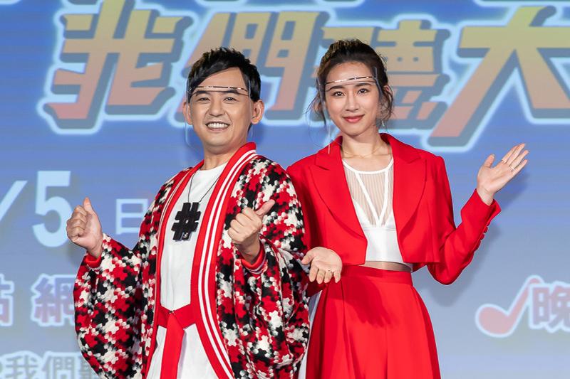 【車勢星聞】黃子佼製作人處女秀《#T-POP我們聽大的!!》邀趙岱新開口譜戀曲。(圖:TVBS提供)