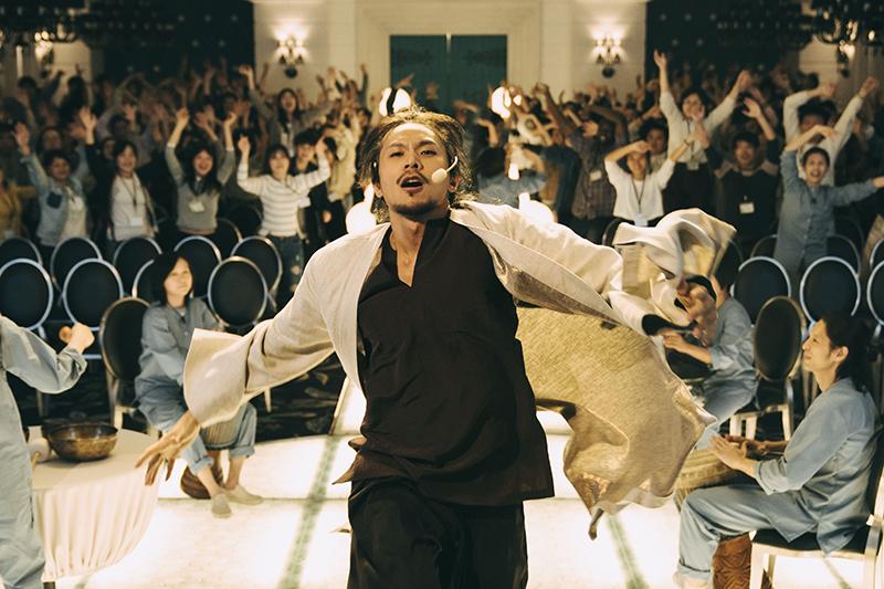 【車勢星聞】 姚淳耀在《我願意》飾演邪教教主。(圖:絡思本娛樂製作公司提供)