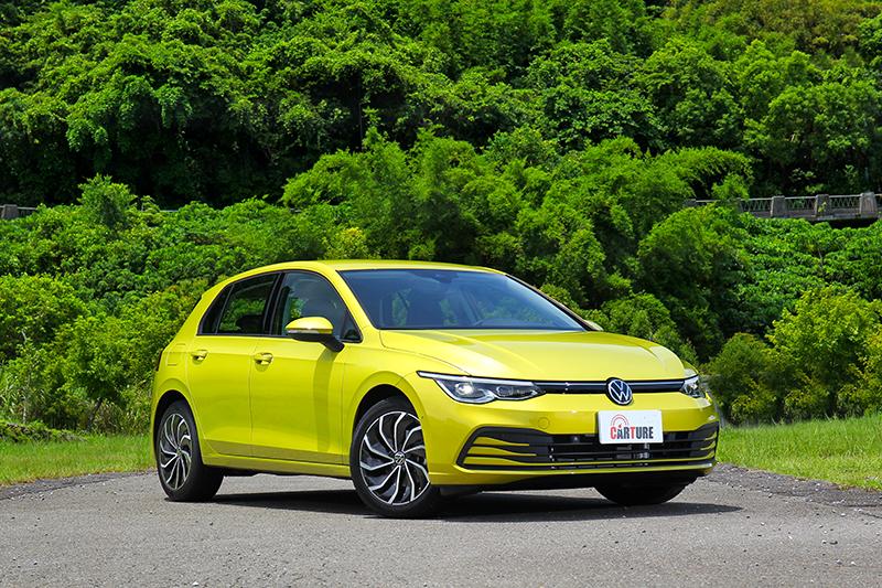 Volkswagen八代Golf上市時新增230 eTSI智能特仕版強化智慧駕駛輔助系統。