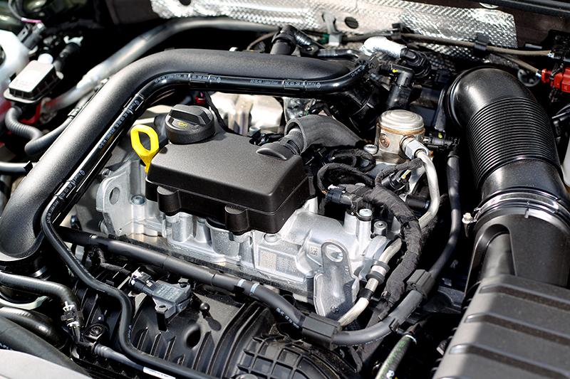 1.0升三缸渦輪引擎具有110hp/20.4kgm,無配備汽缸休止系統。