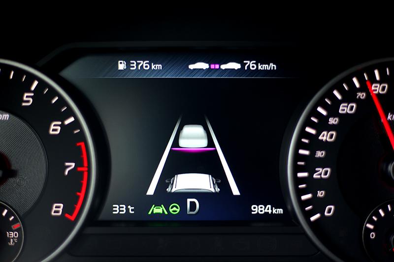 小改Stinger最大進化就是具備Level 2半自動駕駛功能。