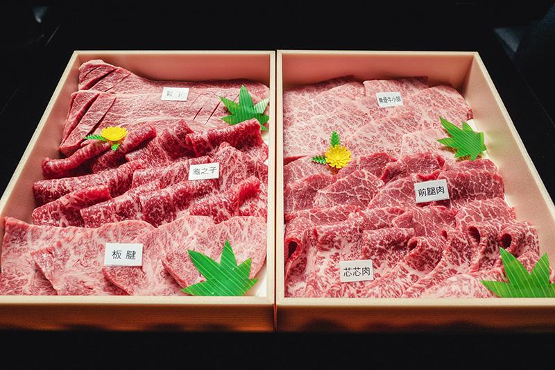 《俺達の肉屋》推出「日本和牛燒肉中秋禮盒」(大)6-8人份10800元。(圖:品牌提供)