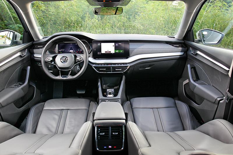 新Octavia Combi座艙已不再單調。