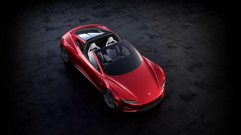 日前Musk表示Roadster因缺料所以要到2023年才能交付。