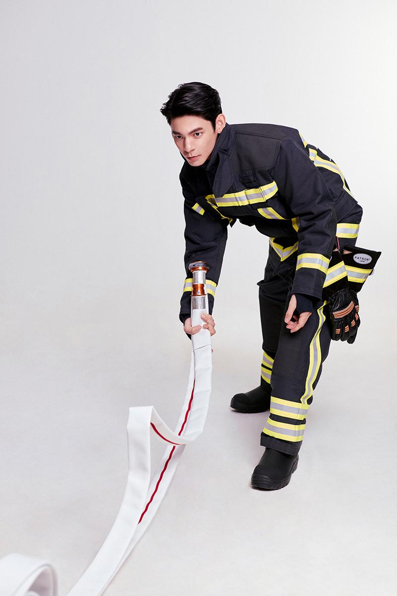 【車勢星聞】林柏宏擔任「消防大使」,形象照堪稱《火神的眼淚》第二季海報。(圖:經紀人提供)