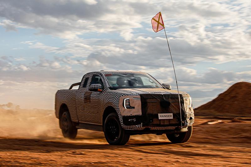 Ford釋出Ranger宣傳影片,Amarok偽裝車也被拍到了。