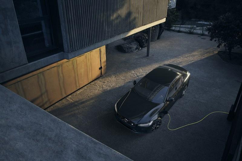 Volvo替60/90車系的PHEV車型將電池容量加大至18.8kWh。