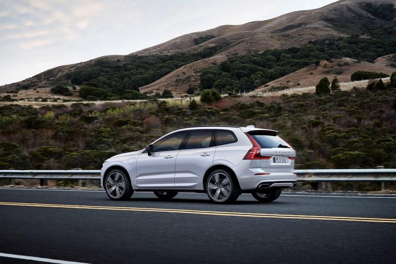 電池加大後S90純電行駛里程達90公里,XC60也有32公里。