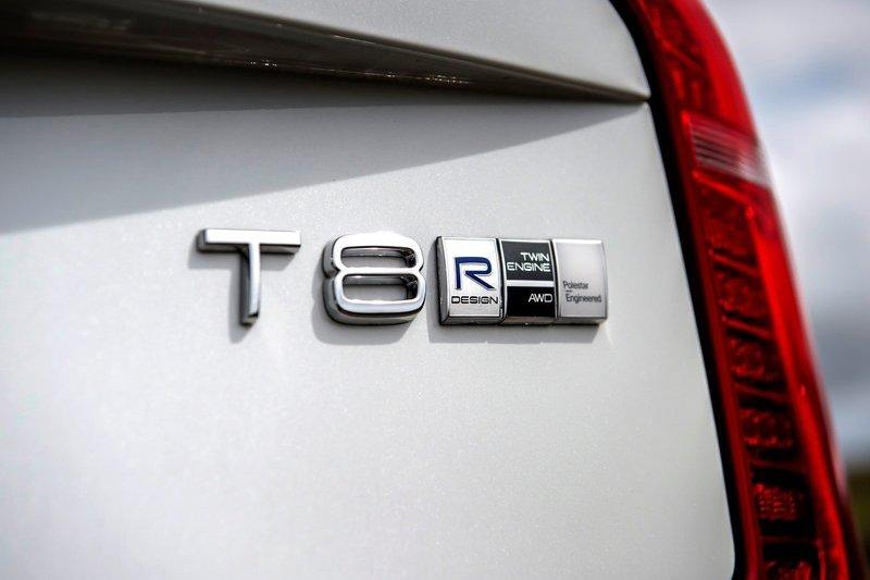 動力T6 Recharge成長至350hp,T8 Recharge則增加到455hp。