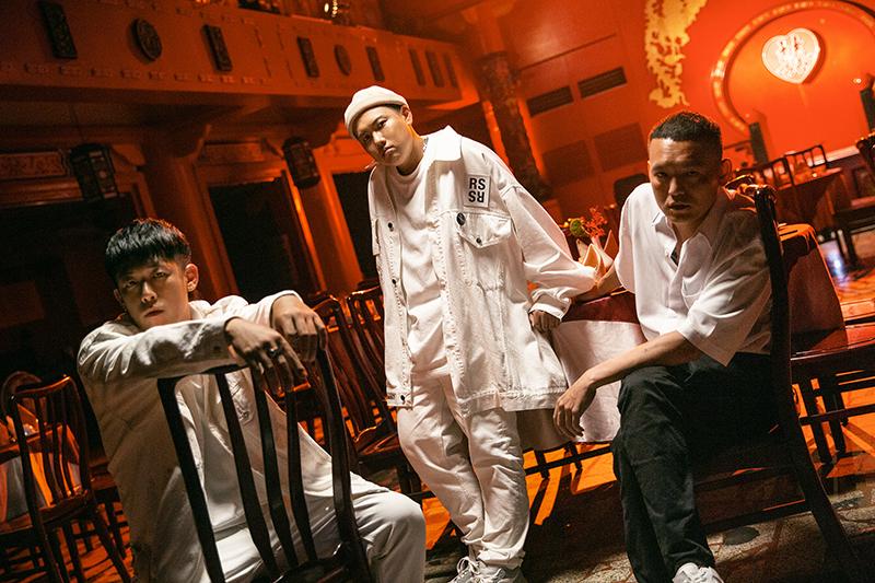 【車勢星聞】玖壹壹成軍12年推新單曲《癡人說夢》,洋蔥:「開車會常聽」。(圖:混血兒娛樂提供)