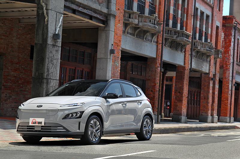 Kona EV是利用原本油車基礎加以改造的純電車型
