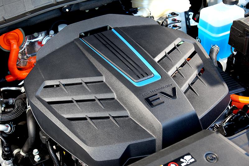 Kona EV300馬達出力為136匹馬力(100kw)與40.8公斤米的扭力峰值