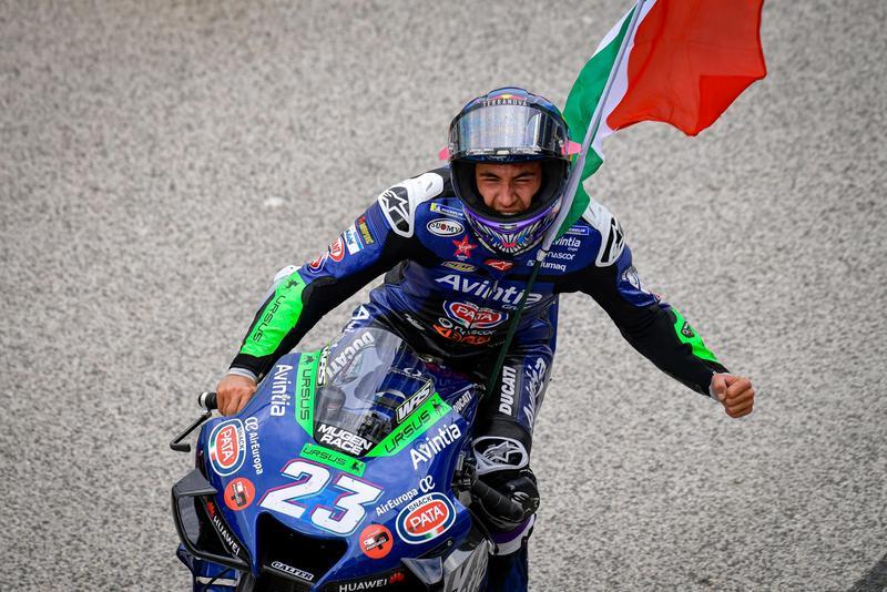 Bastianini首度登上GP級別頒獎台。