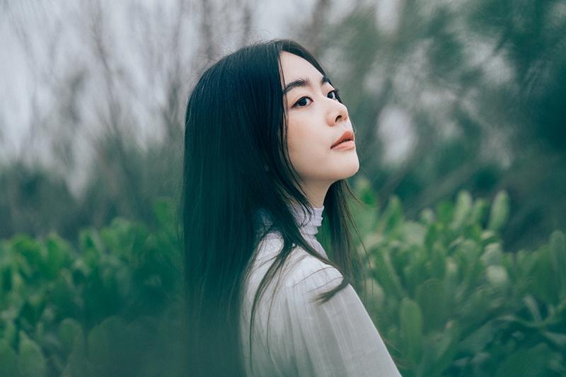 【車勢星聞】徐靖玟最新單曲《不存在的戀愛》詮釋愛情迷濛樣貌。(圖:華研國際提供)