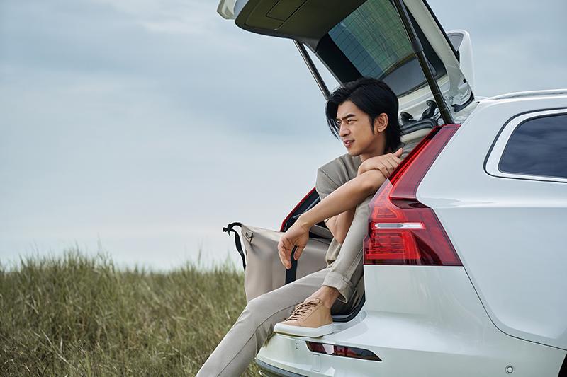 【車勢星聞】首次接下車子代言廣告的陳柏霖把「第一次」獻給Volvo。(圖:Volvo提供)