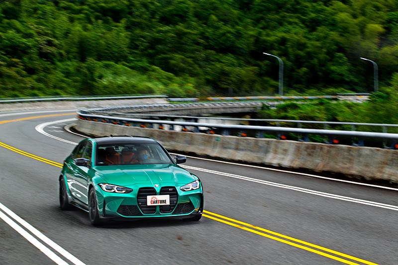 M3 Competition雖為後驅設定,但不論你如何加快速度車尾仍相當穩定。