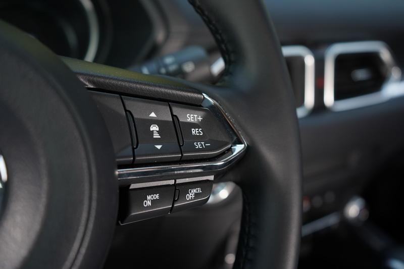 開啟MRCC全速域主動車距控制巡航功能後,可自行設定跟車距離與最高時速限制