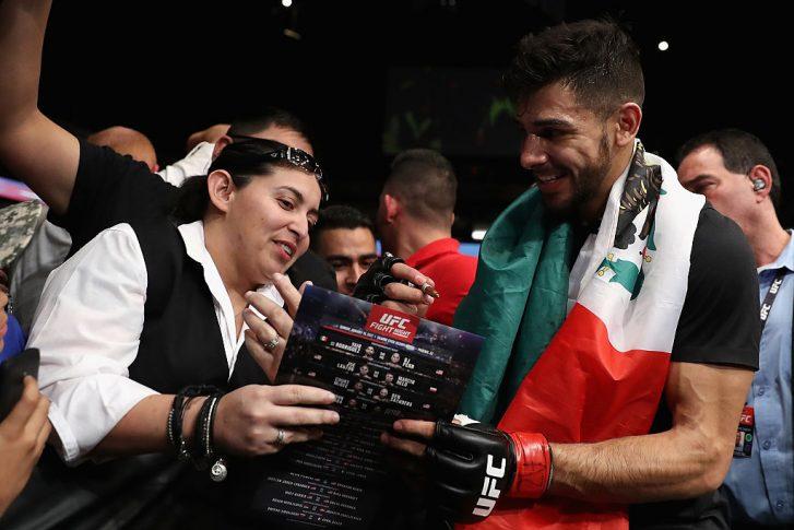 UFCファイトナイト・フェニックス:ヤイール・ロドリゲス vs. B.J.ペン【アリゾナ州フェニックス/2017年1月16日(Photo by Christian Petersen/Getty Images)】