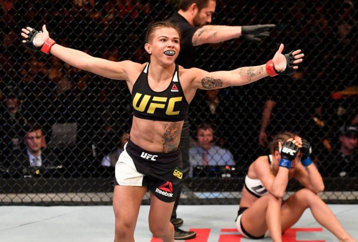 UFC 212:クラウディア・ガデーリャ vs. カロリーナ・コバルケビッチ【ブラジル・リオデジャネイロ/2017年6月3日(Photo by Jeff Bottari/Zuffa LLC/Zuffa LLC via Getty Images)】