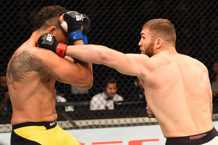 UFCファイトナイト・オークランド:イオン・クテラバ vs. ルイス・エンリケ・ダ・シウバ【ニュージーランド・オークランド/2017年6月11日(Photo by Josh Hedges/Zuffa LLC/Zuffa LLC via Getty Images)】
