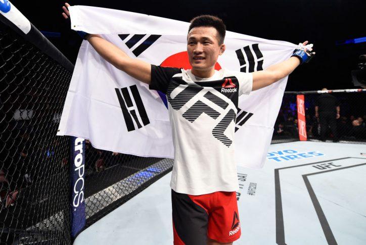 UFCファイトナイト・ヒューストン:デニス・バミューデス vs. ジョン・チャンソン【アメリカ・テキサス州ヒューストン/2017年2月4日(Photo by Jeff Bottari/Zuffa LLC/Zuffa LLC via Getty Images)】