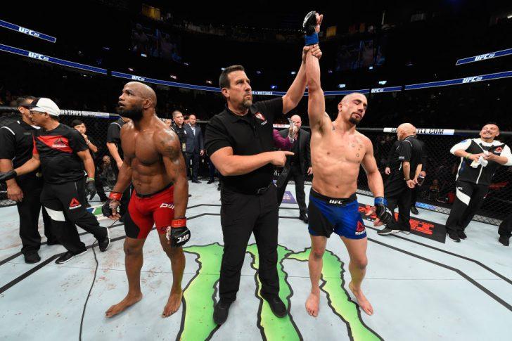 UFC 213:ヨエル・ロメロ vs. ロバート・ウィテカー【アメリカ・ネバダ州ラスベガス/2017年7月8日(Photo by Josh Hedges/Zuffa LLC/Zuffa LLC via Getty Images)】